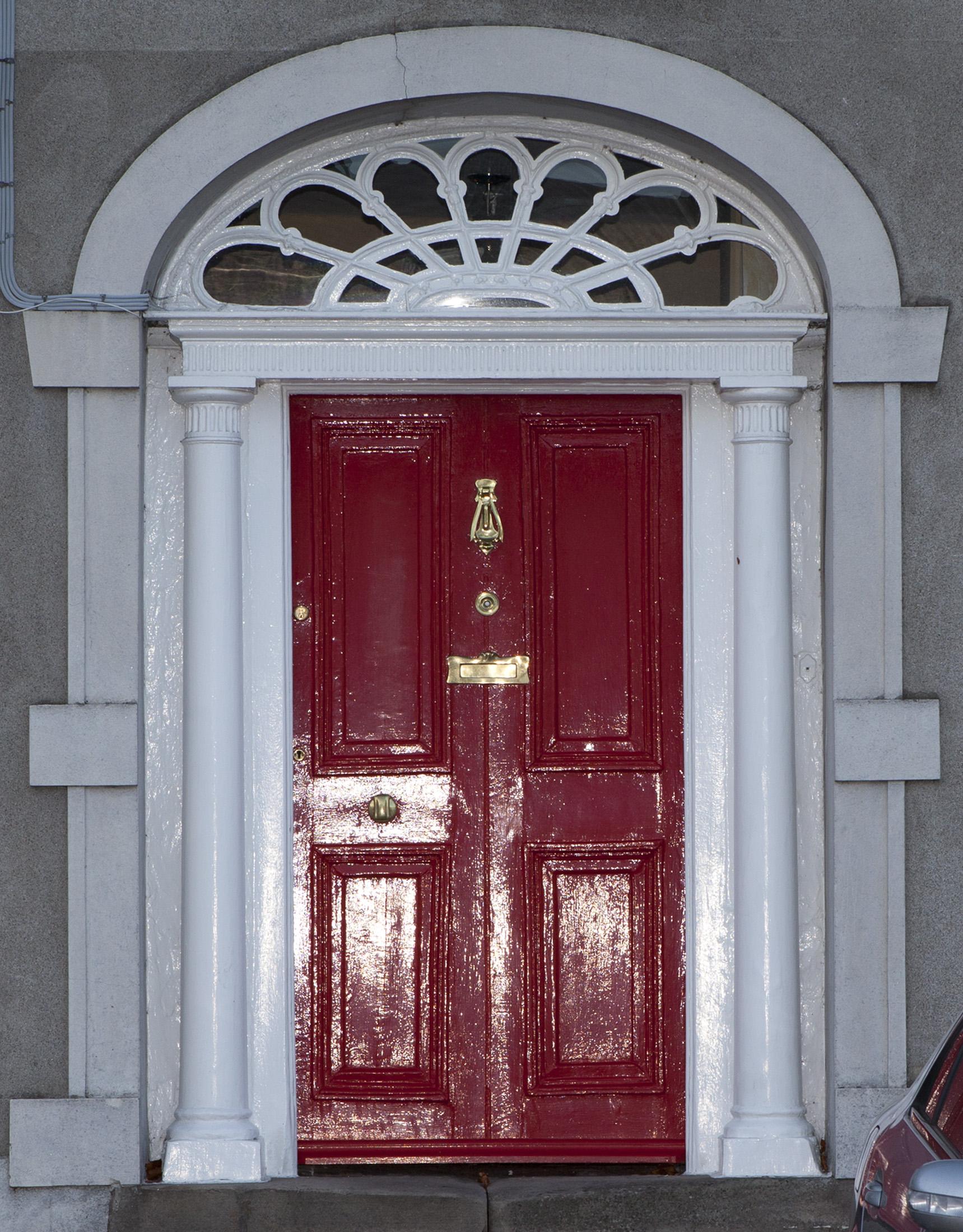 Georgian doorway, Mountmellick (photo Dominic Reddin)